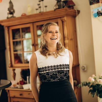 Lucia zoekt een Appartement / Huurwoning / Studio / Woonboot in Groningen