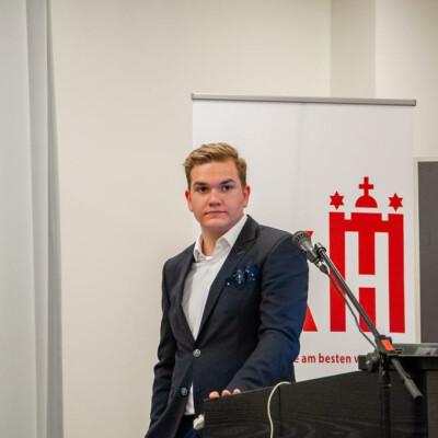 Henry zoekt een Huurwoning / Kamer in Groningen