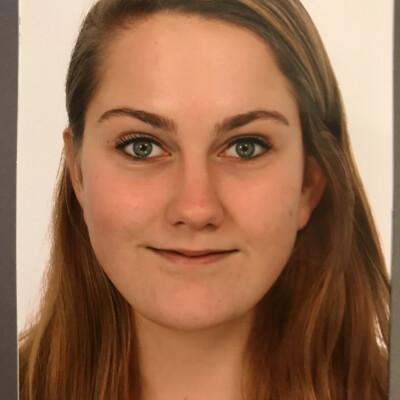 Laura zoekt een Appartement/Huurwoning/Studio/Woonboot in Groningen