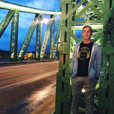 Gijs zoekt een Appartement/Huurwoning/Studio/Woonboot in Groningen